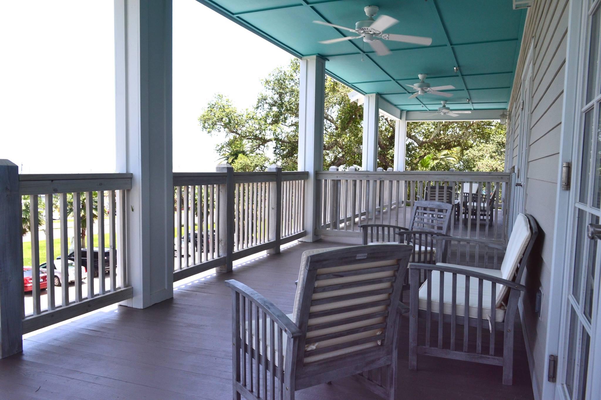 HPC-Balcony